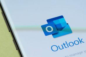 Nouveautés Outlook sur mobile : widget calendrier sur iPhone, réactions aux emails avec des emojis…