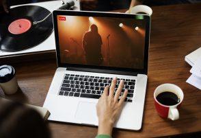 Festivals, concerts, cinéma : comment le digital facilite l'accès à la culture